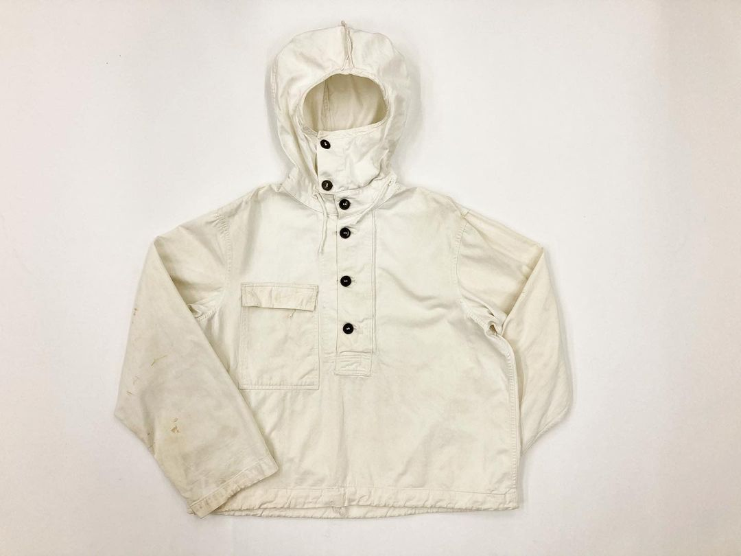 US 40's gas protective parka